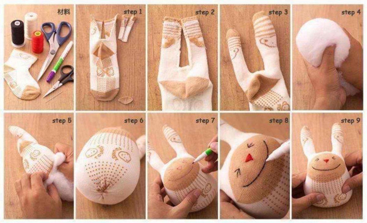 Как сшить зайку своими руками из носка 18