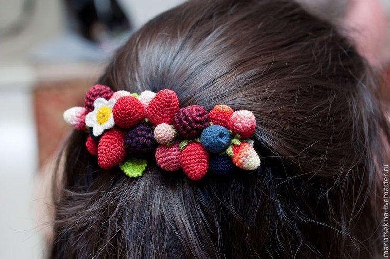 Вязанные для волос заколки