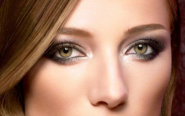 Макияж для серо зеленых глаз и русых волос