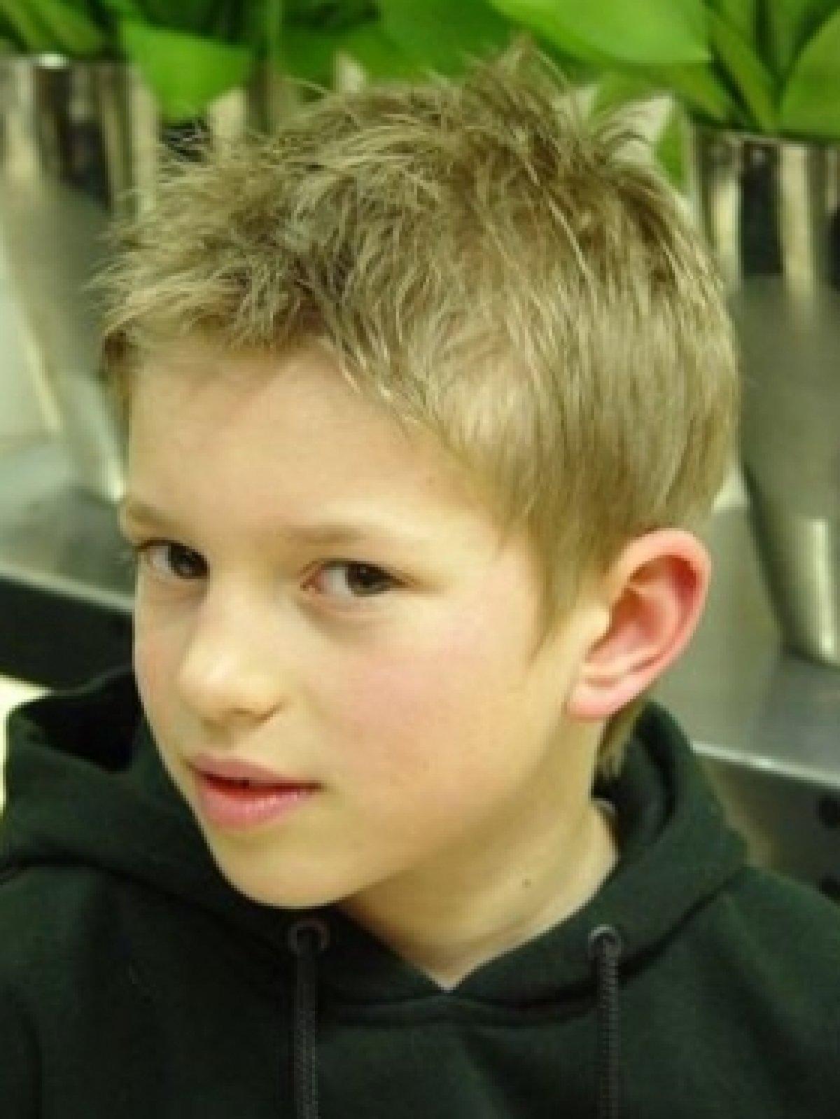 Фото причесок для мальчиков 11 лет