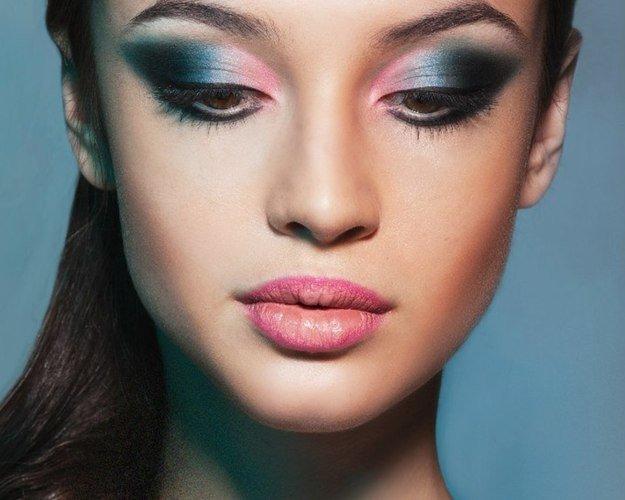 Вечерний макияж всего лица