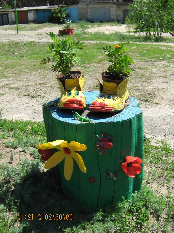 Украшения для огорода из подручного материала фото