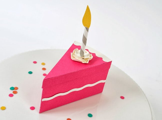 Как сделать из бумаги тортик на день рождения
