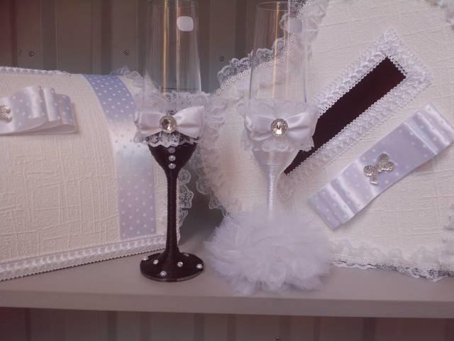 Как украсить бокалы своими руками для жениха и невесты