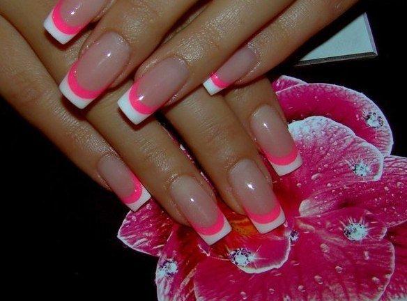 Ногти гелевые френч розовый