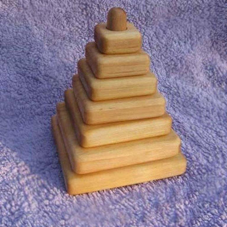 Как сделать детскую пирамидку из дерева