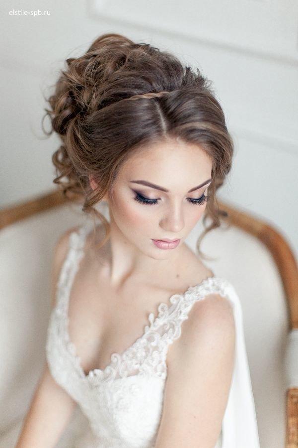 Прическа на свадьбу для гостьи 2018