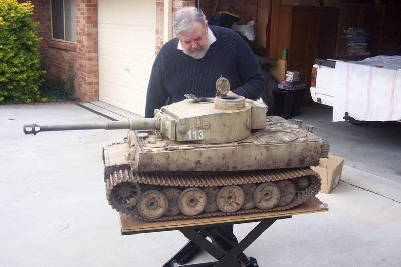 Маленький танк своими руками