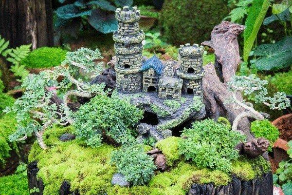 Маленький замок своими руками 483