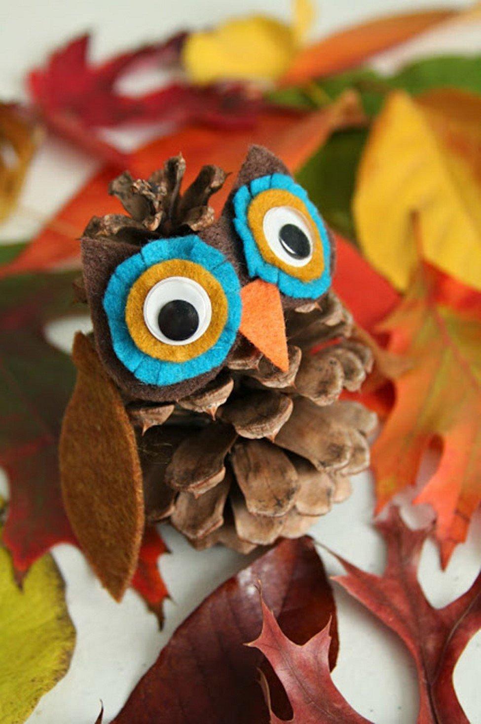 Поделки из шишек и листьев для детского
