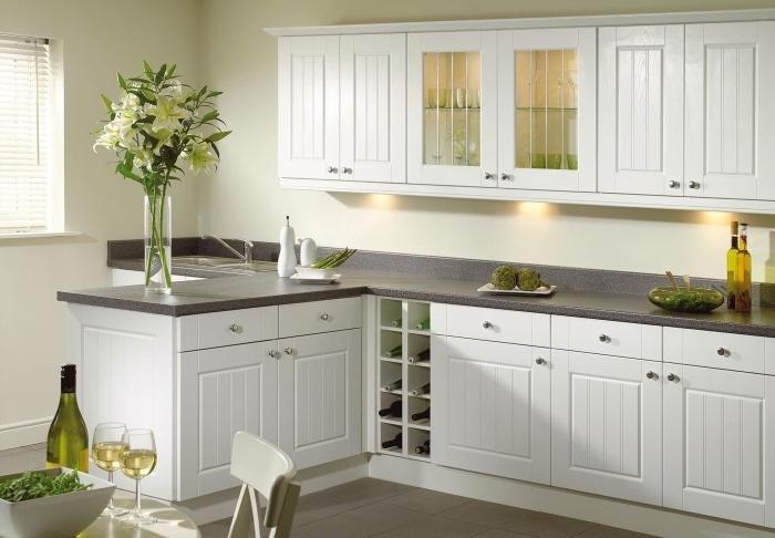 Светлая кухня  № 1754558 загрузить