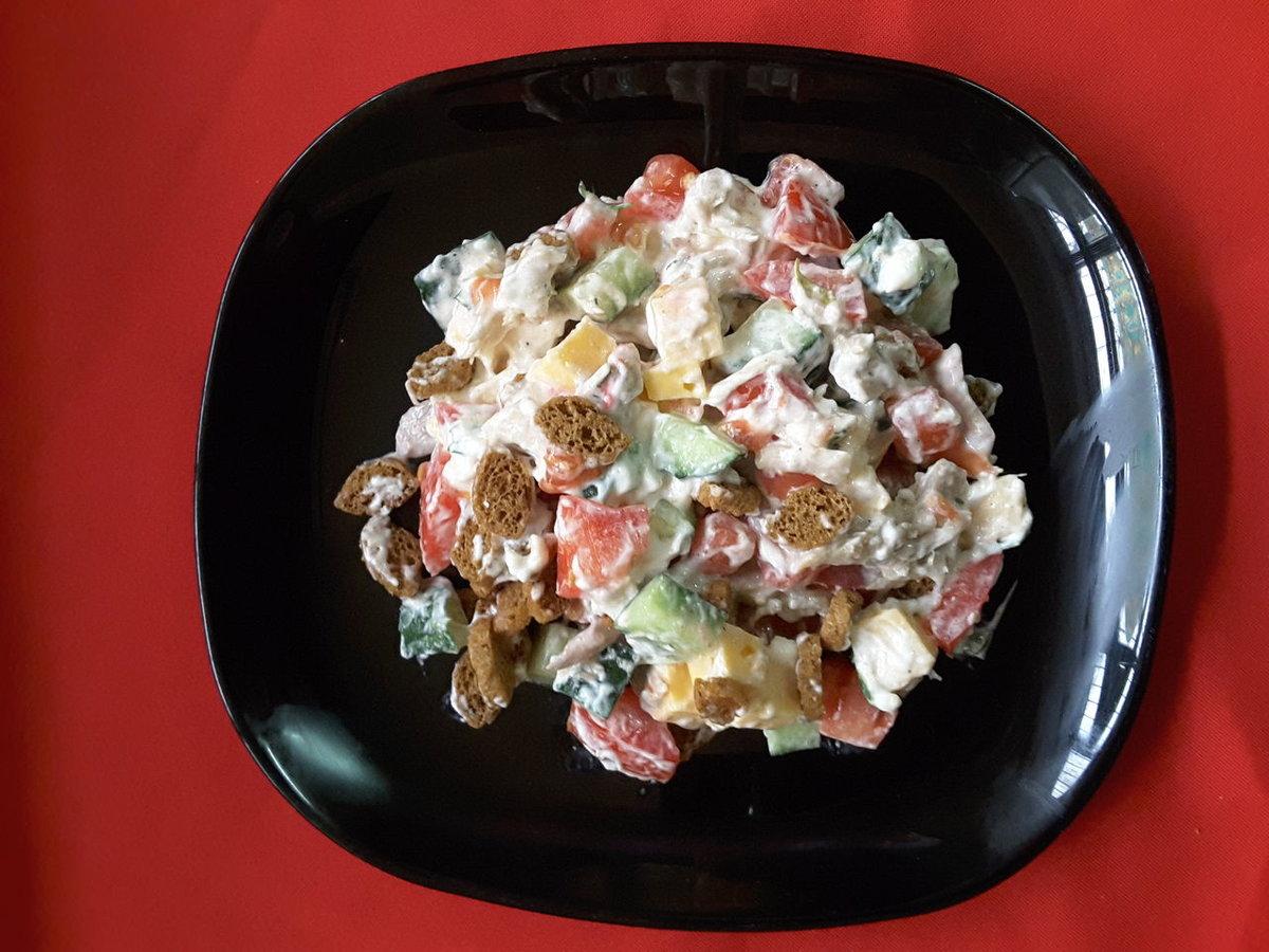Салат с фасолью и кириешками рецепт пошагово в