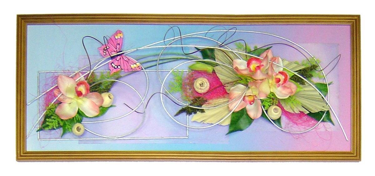 Поделка из цветов в рамке 33