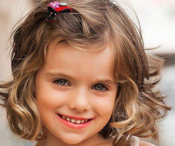 Модные прически для девочек короткий волос