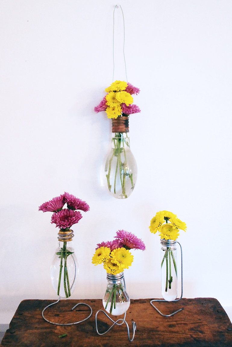 Как сделать вазу из лампочки своими руками 12