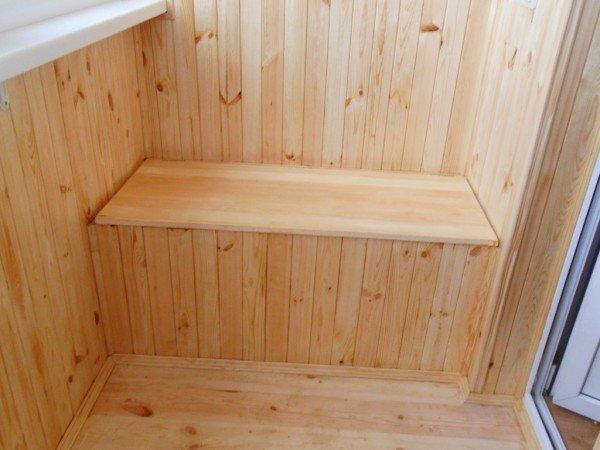 Деревянный шкаф на лоджии своими руками 59