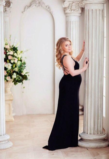 Фотосессия беременная в черном платье 86
