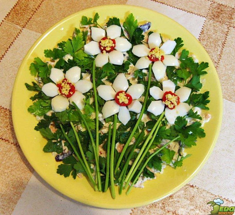 Красиво оформленные салатыы с фото