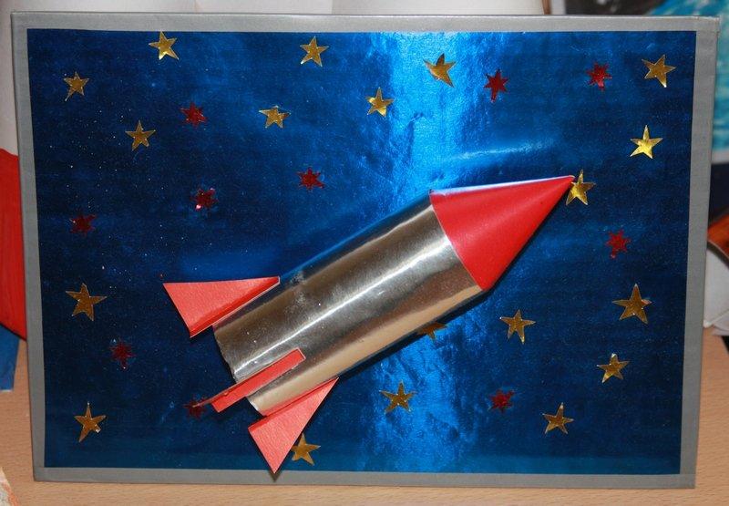Идеи детских поделок ко дню космонавтики