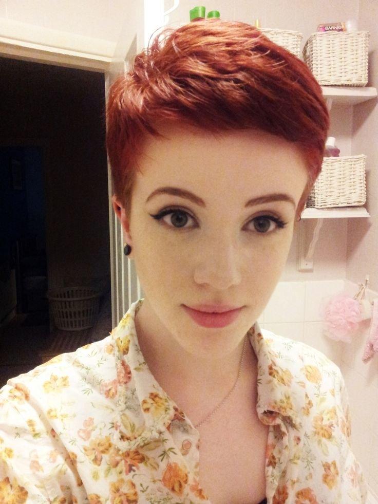 Рыжий цвет волос на короткой стрижке