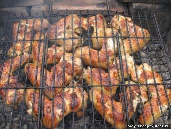 Куриный шашлык на мангалеы с фото