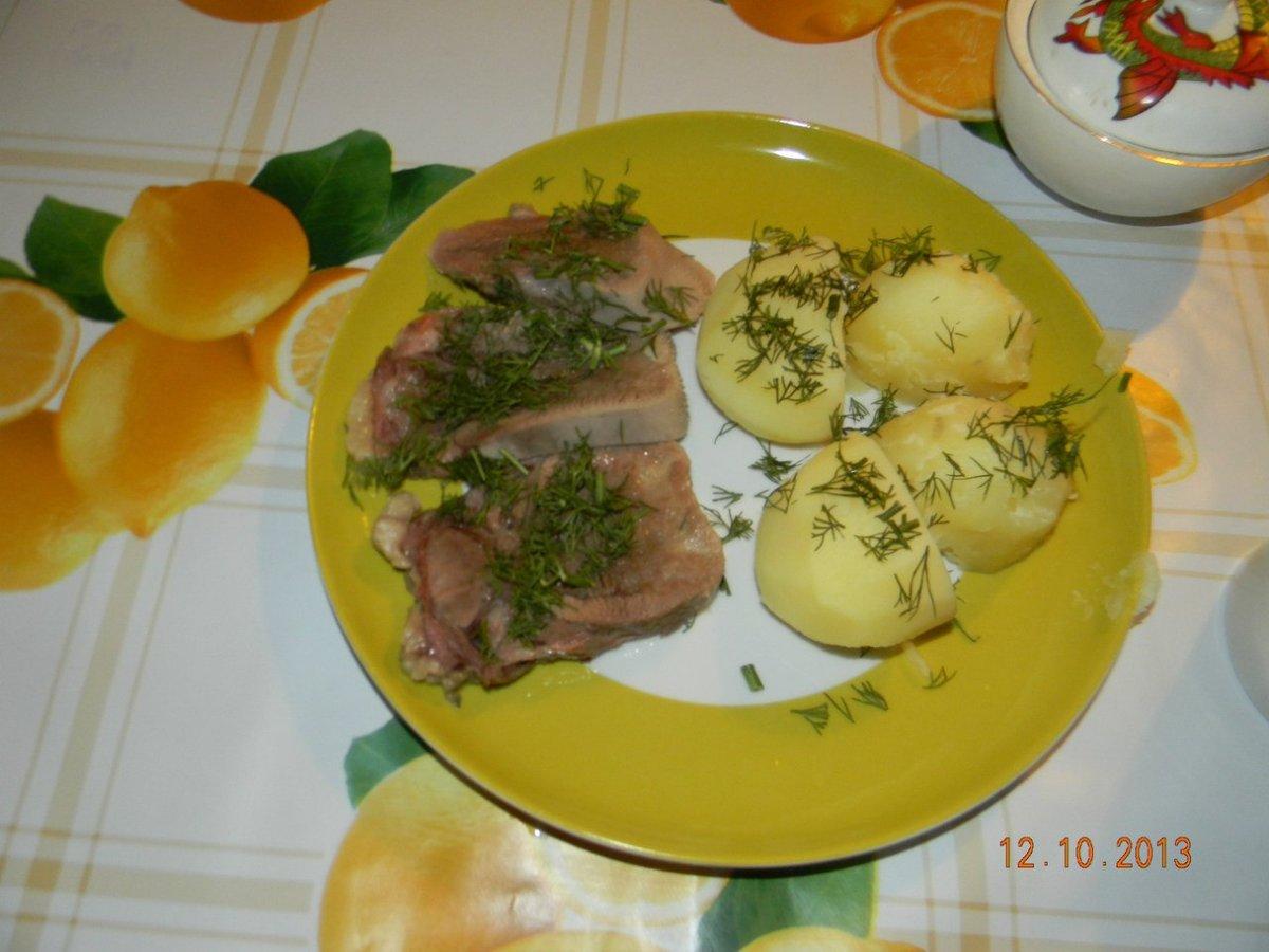 Мясные слоёные салаты рецепты простые и вкусные