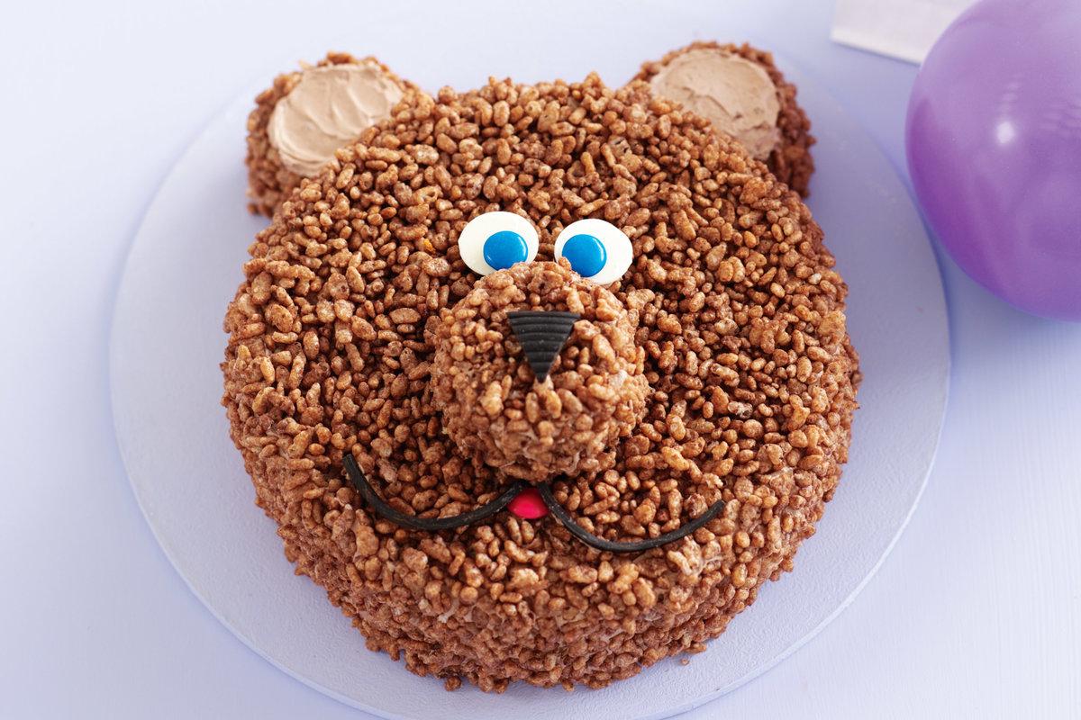 Как украсить торт для ребенка своими руками без мастики