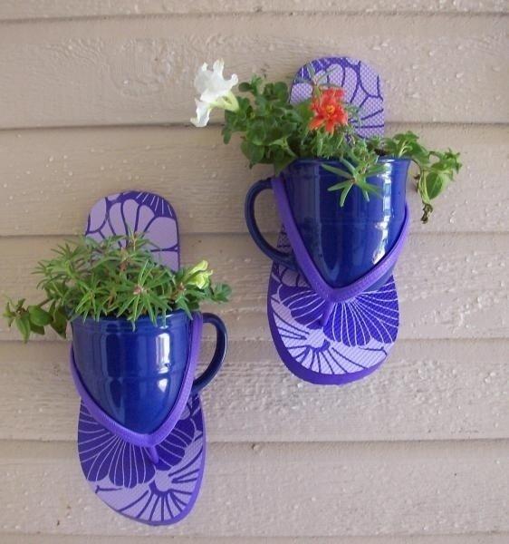 Подставка под цветы своими руками из бутылок 36