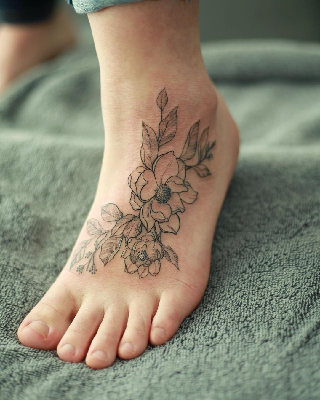 Самые красивые тату для девушки на ноге фото