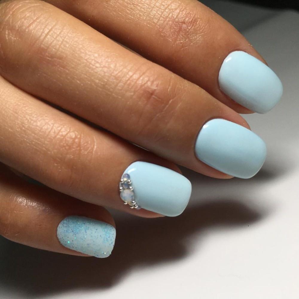 Шеллак Голубой С Белым Дизайн