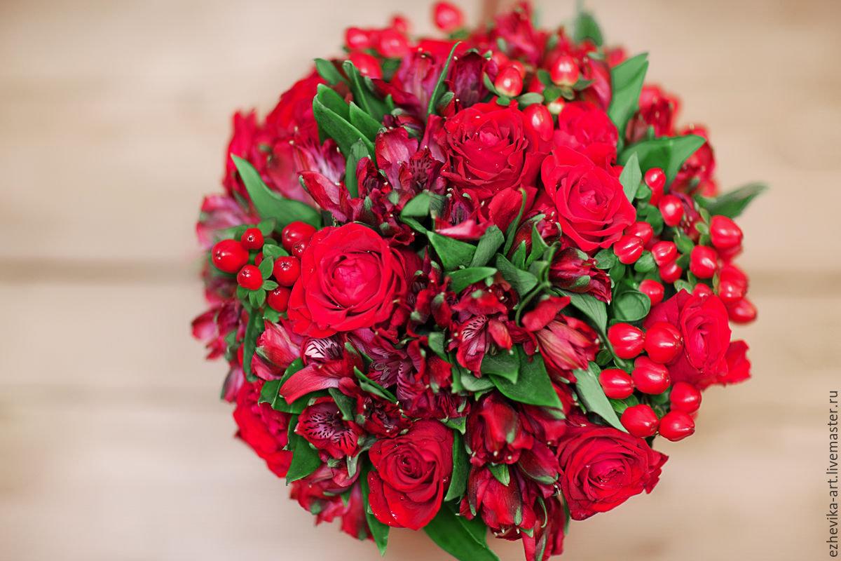 Фото букетов из красных цветов 149