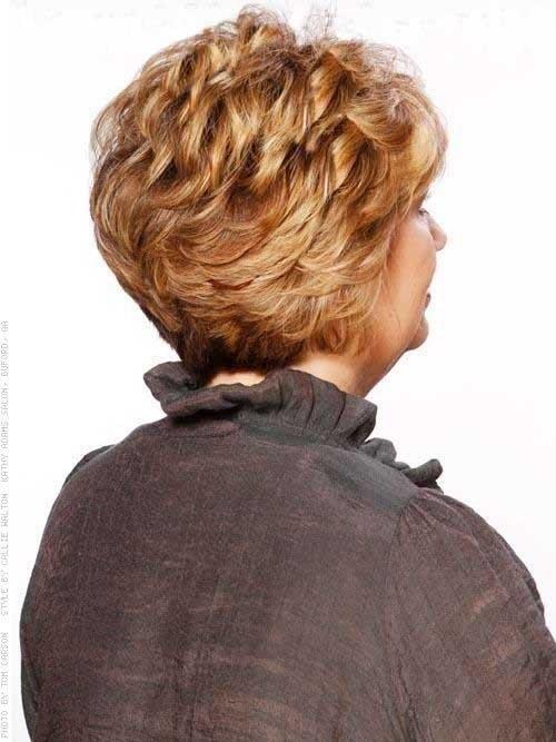 Прически на жесткие волнистые волосы для девушек