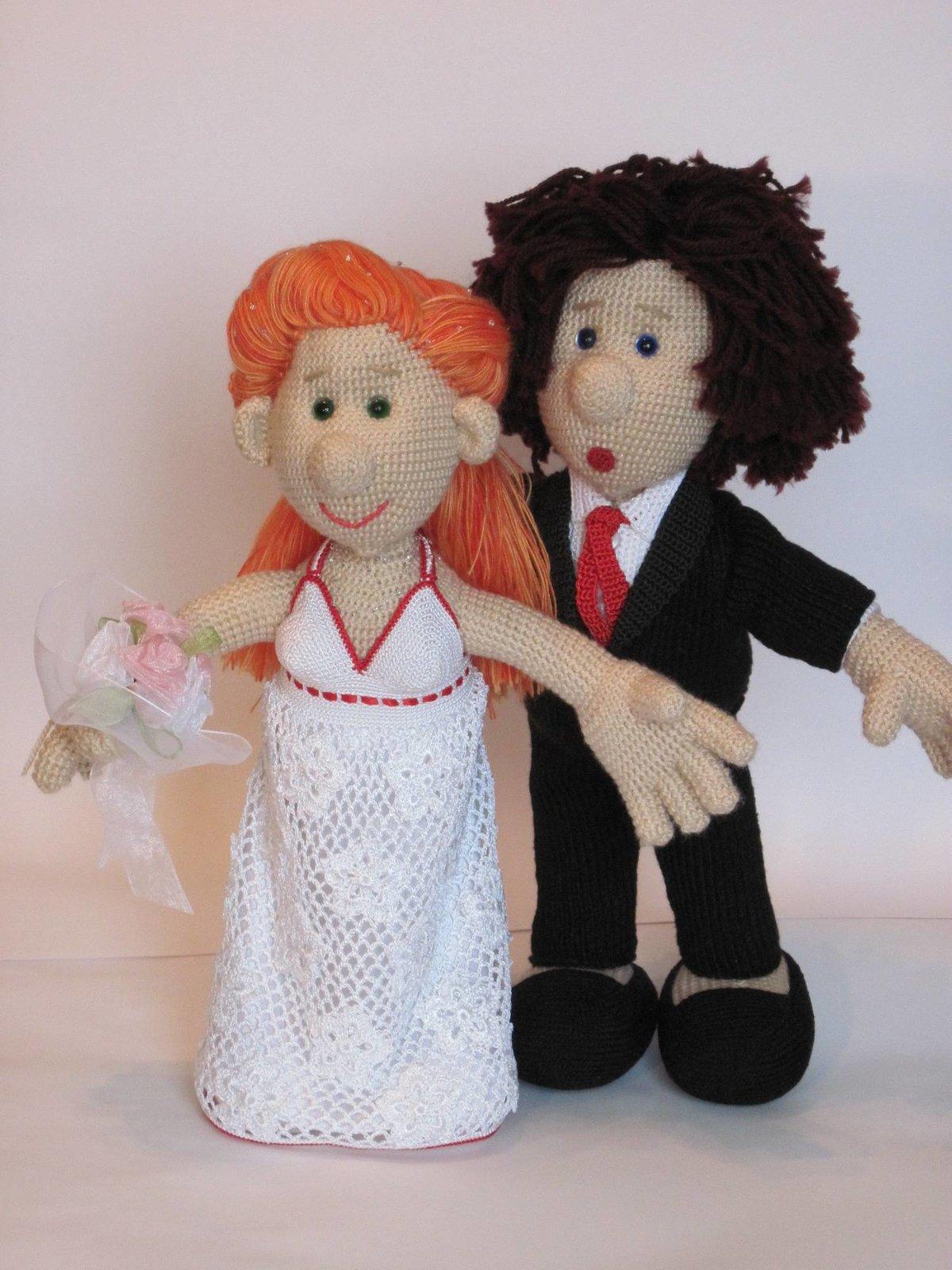 Жених и невеста вязаные куклы