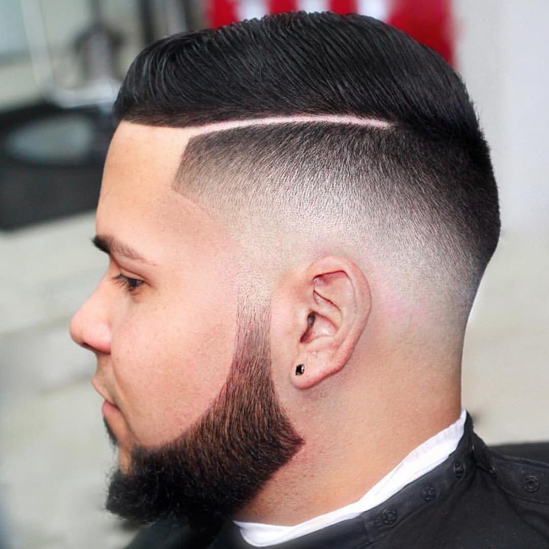 Мужские причёски с выбритым виском фото