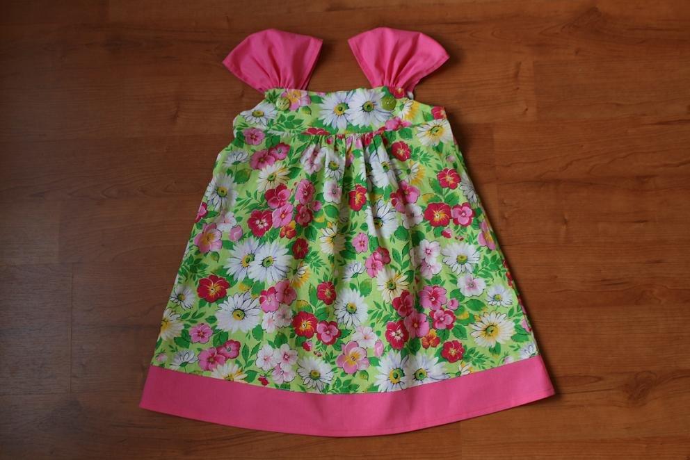 Летнее платье для девочки в год сшитое своими руками 565