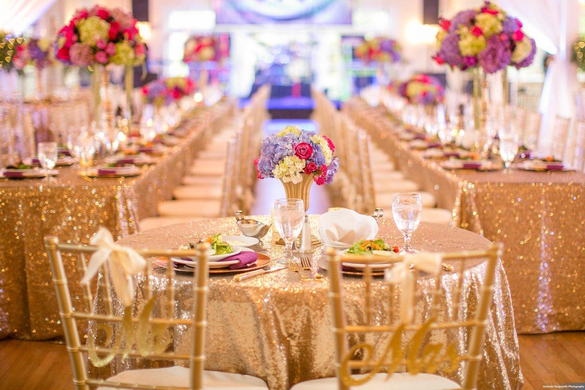 Золотое оформление свадьбы фото