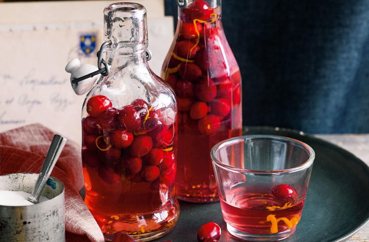 Малиновый ликер: 10 рецептов в домашних условиях 15