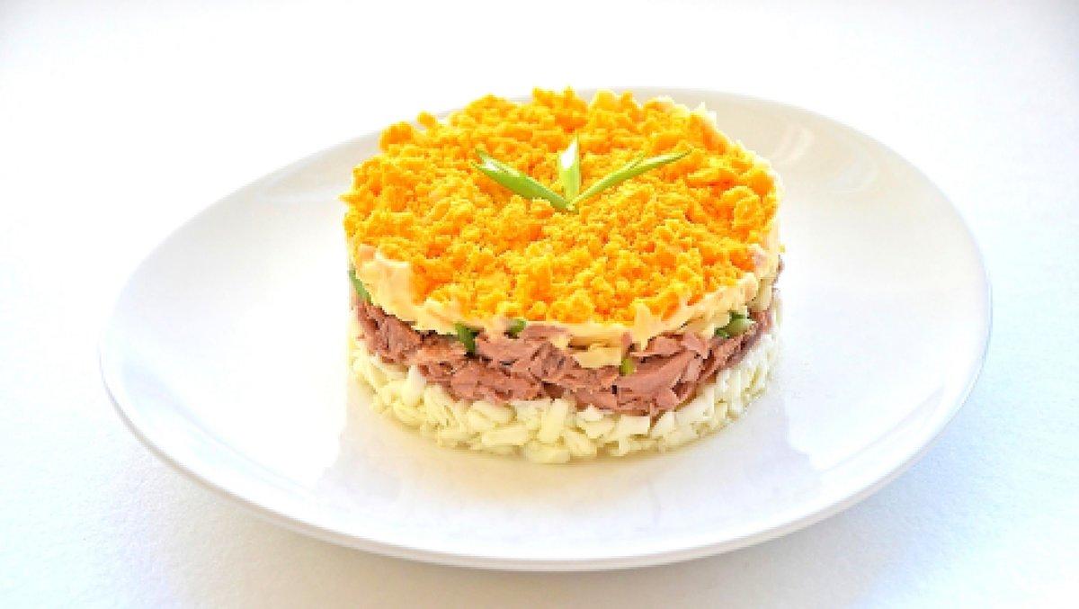 Слоёные салаты с печенью рецепты с простые и вкусные