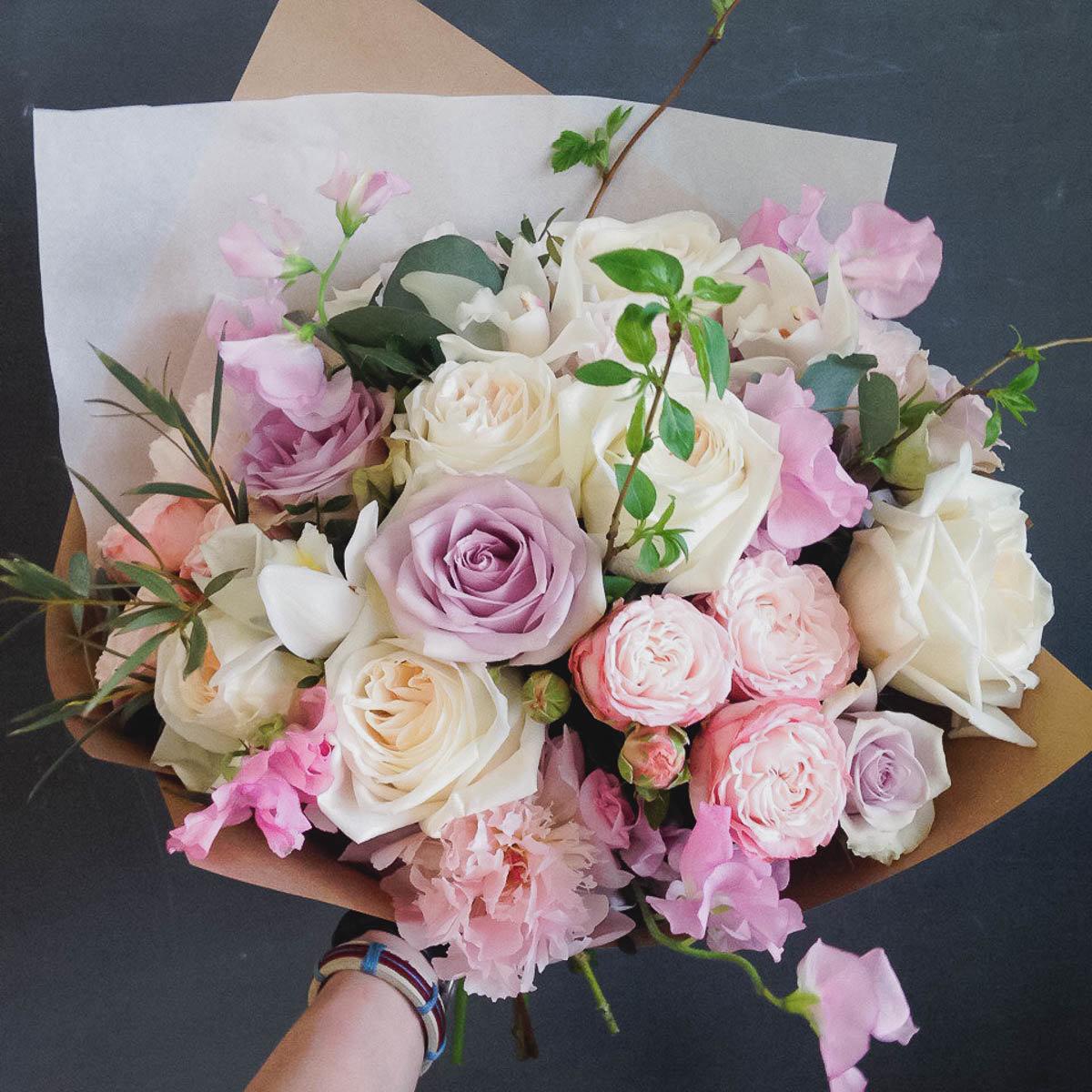 Букет цветов профессиональное фото