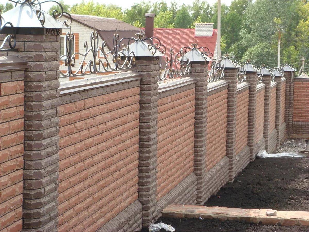 Как построить забор на участке