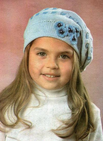 Вязание спицами шапок для девочек 5-6 лет 79