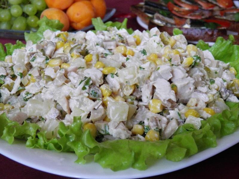 Салат с грибами и ананасами рецепт с