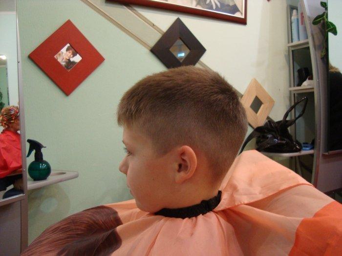 Модные прически с короткими волосами мальчиков