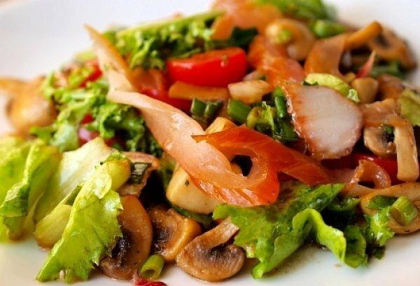 Горячий салат с куриной грудкой и овощами рецепт с пошагово