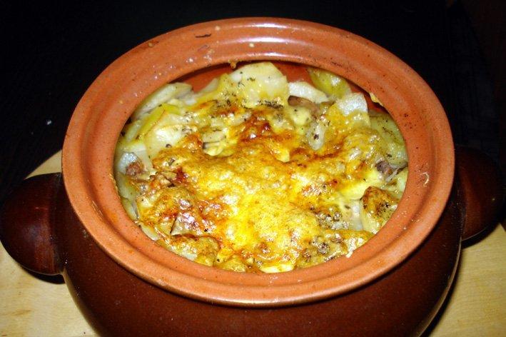 Мясо с грибами и картошкой в горшочках в духовке рецепты с пошагово с
