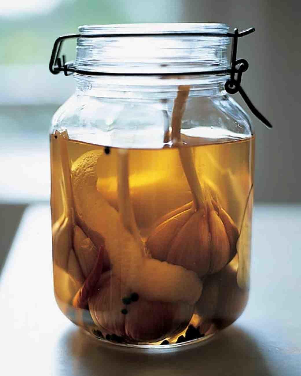Как мариновать чеснок головками на зиму рецепты