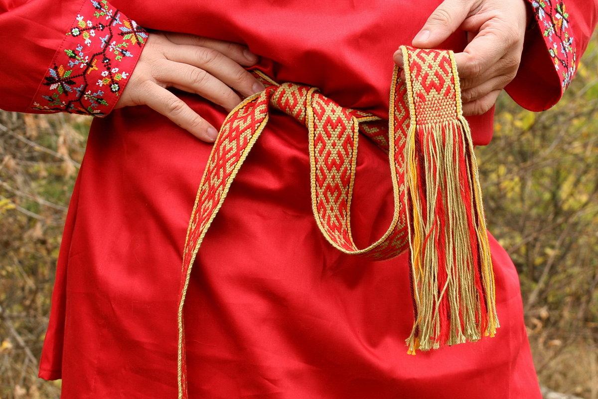 Как сплести пояс для рубахи своими руками