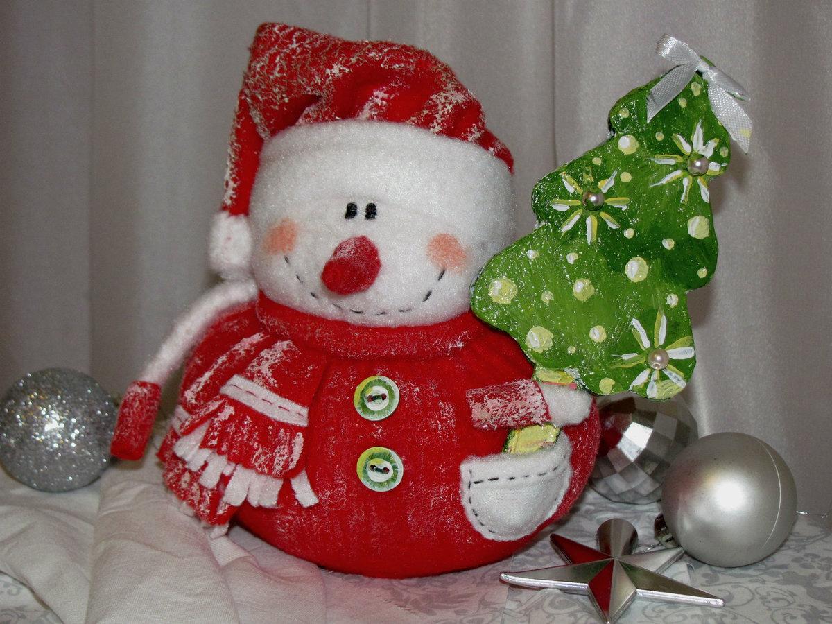 Снеговик под елку своими руками поделка 38