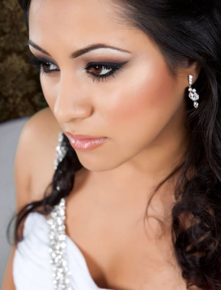 Макияж невесты для карих глаз брюнеток
