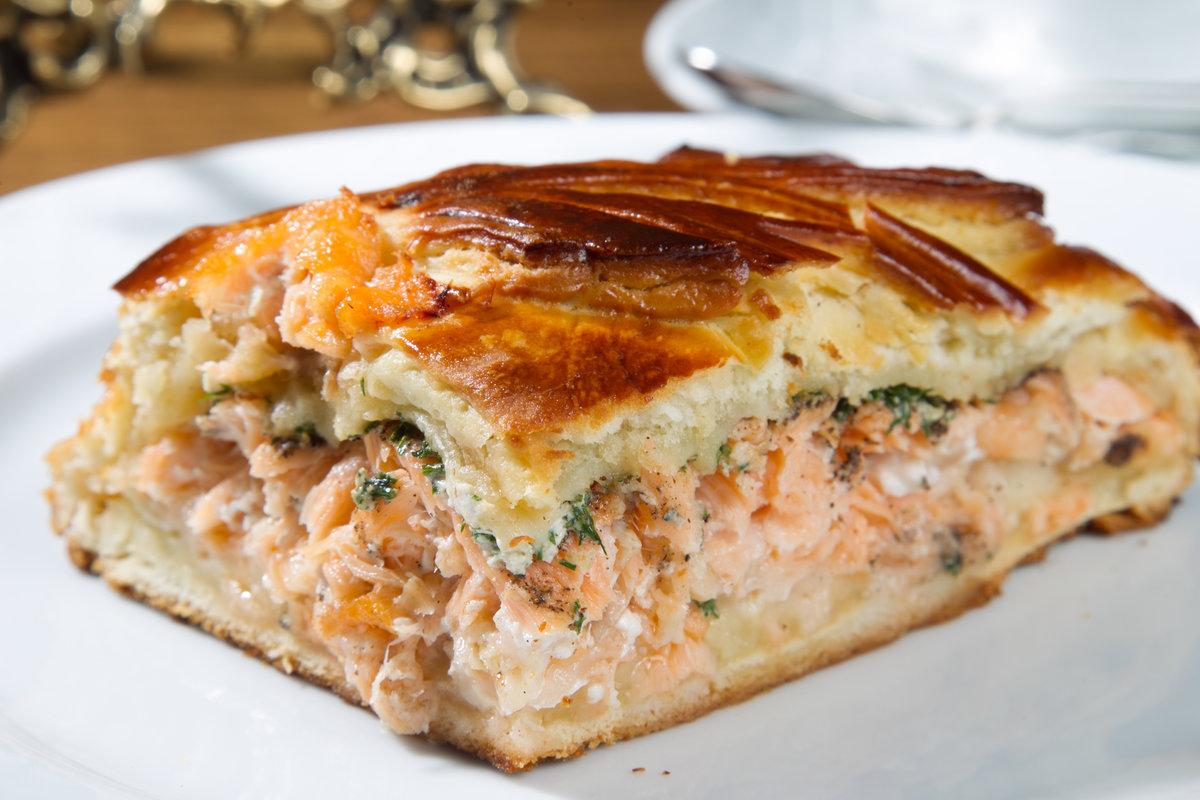 Пирог с речной рыбой и рисом рецепт с